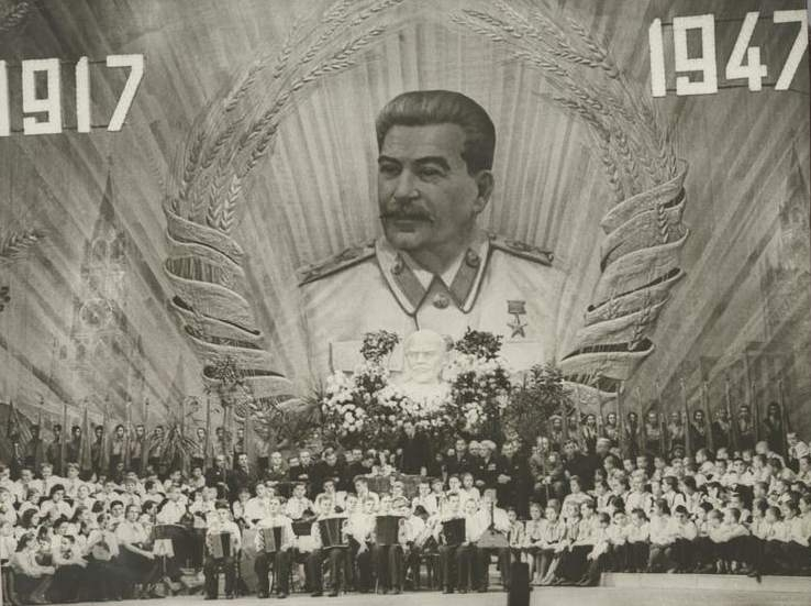 https://pernongrata.files.wordpress.com/2011/11/stalin.jpg