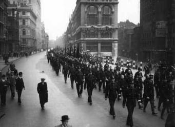 cable-street-orderly-fascist-march