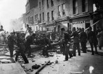 cable-street-police-at-barricades